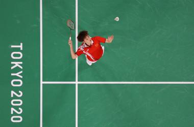 2021年8月1日、東京2020オリンピックのバドミントン女子シングルス決勝戦で、台湾の戴資穎(タイ・ツーイン)選手と対戦した中国の陳雨菲(チェン・ユーフェイ)選手(LINTAO ZHANG/POOL/AFP via Getty Images)