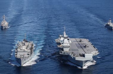 英空母「クイーンエリザベス」打撃群(イギリス海軍ホームページにより)