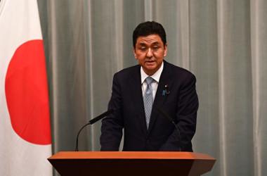 岸信夫防衛大臣(CHARLY TRIBALLEAU/AFP via Getty Images)