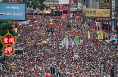 2019年6月9日、「逃亡犯条例」の改正案に反対する大規模デモ (Anthony Kwan/Getty Images)