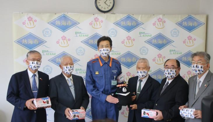 台湾人団体は土石流の被害を受けた熱海市に4万枚のマスクを寄贈した(静岡県熱海市役所提供)