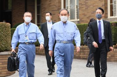 防災訓練に臨む菅義偉総理大臣(首相官邸公式ツイッターアカウント)