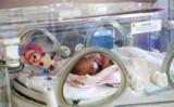 産科病棟の新生児 (Steve Parsons/Pool/Getty Images)