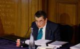 2021年6月4日、ロンドンで開催された、ウイグル民衆法廷の公聴会の初日に開会の挨拶をするジェフリー・ナイス卿 (Tolga Akmen/AFP via Getty Images)