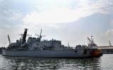 イギリス海軍のフリゲート「リッチモンド」の資料写真 (Photo credit should read ADEK BERRY/AFP via Getty Images)